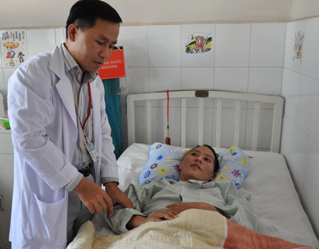 Bệnh nhân đang chờ xuất viện sau 3 tuần điều trị. Ảnh: Thiên Chương.