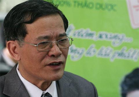 Phó giáo sư, tiến sĩ Lê Lương Đống.
