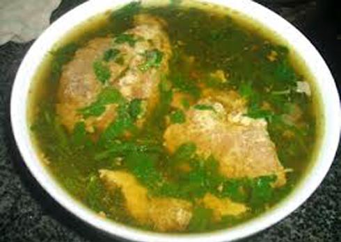 Canh cua rau dâm bụt là món ăn ngon miệng của người dân ở vùng nông thôn Ninh Bình. Ảnh: N.T.