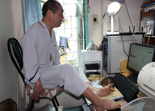 Nhà giáo, nhà văn, nhà tư vấn tâm lý Nguyễn Ngọc Ký. Ảnh: Lê Phương.