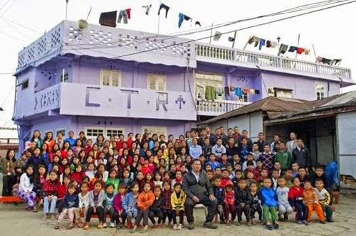 Ngôi nhà 100 phòng của người đàn ông có 39 vợ - VnExpress Đời sống
