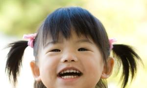 Con hay bị bệnh hô hấp có nên cho học mầm non công lập?