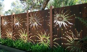 Các hàng rào đẹp lung linh như tranh vẽ