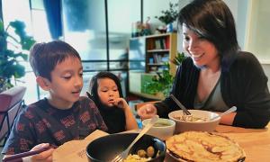 MC Thùy Minh: 'Nấu nướng giúp tôi giải tỏa áp lực'
