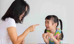 Hãy dạy trẻ cách yêu chính bản thân mình
