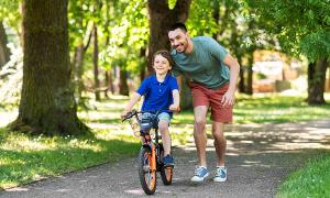 Những lưu ý khi mua và cho trẻ tập xe đạp