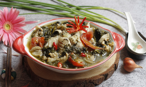 Cách làm canh rau sắn nấu cá – đặc sản Phú Thọ