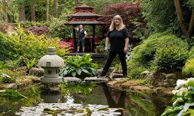 Vợ chồng dành 20 năm tạo khu vườn kiểu Nhật Bản