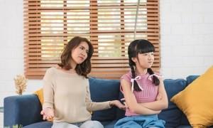 Nhiều cha mẹ Việt lúng túng khi dạy con về tiền