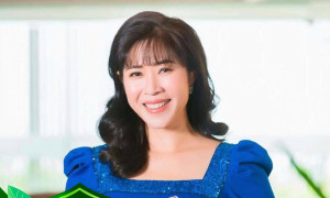 Sao Việt ủng hộ tuyến đầu chống dịch