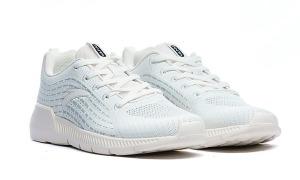 Giày sneakers nam đồng giá 588.000 đồng duy nhất hôm nay